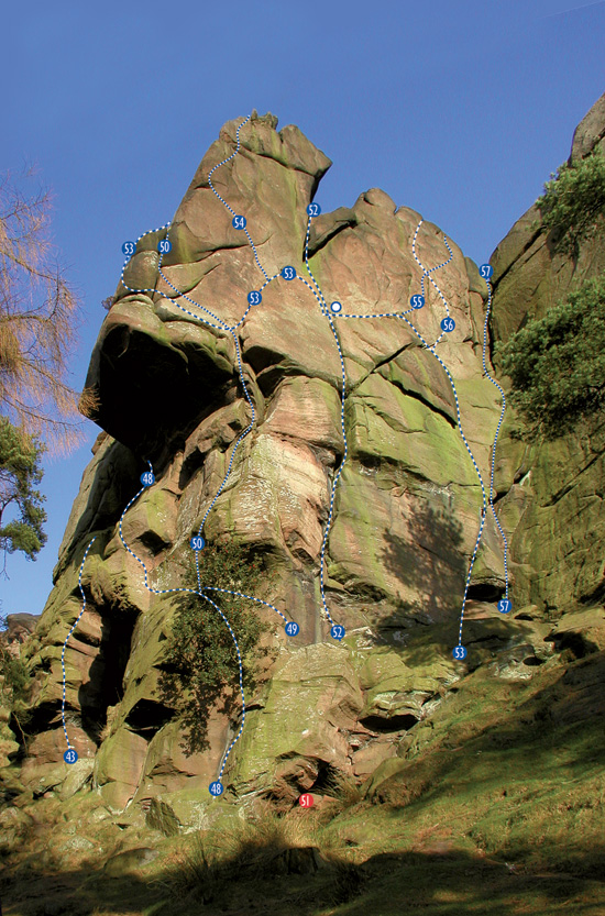 The roaches: staffordshire gritstone, the definitive guide: niall.