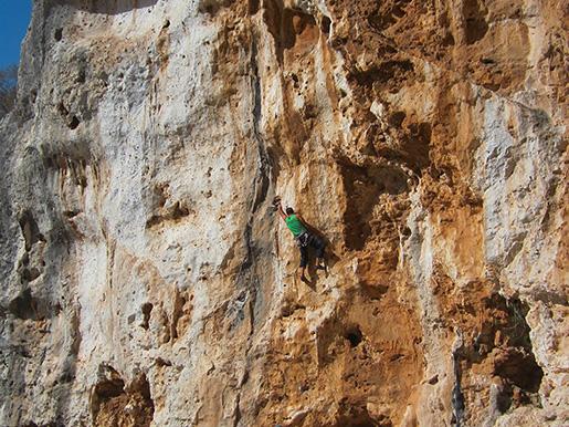 Antro dell 39 eco sicilia italia arrampicare in falesia for Mercatino dell usato siracusa