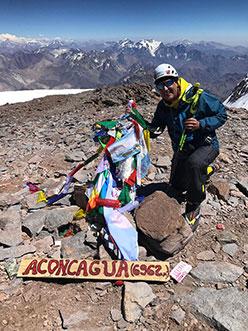 La vetta dell'Aconcagua per un progetto benefico