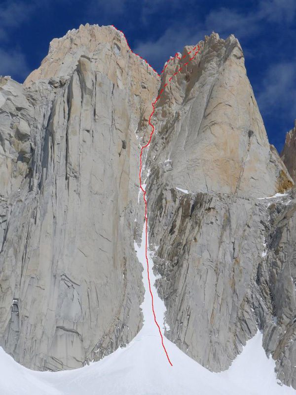 Supercanaleta, Fitz Roy West Face (1600m, 6a+, 85°), D. Barabino