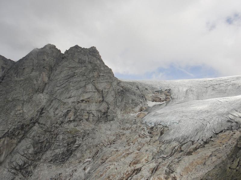 Corno Centrale, Corno Orientale e Vedretta di Salarno dalla vetta, Archivio Odissea Naturavventura