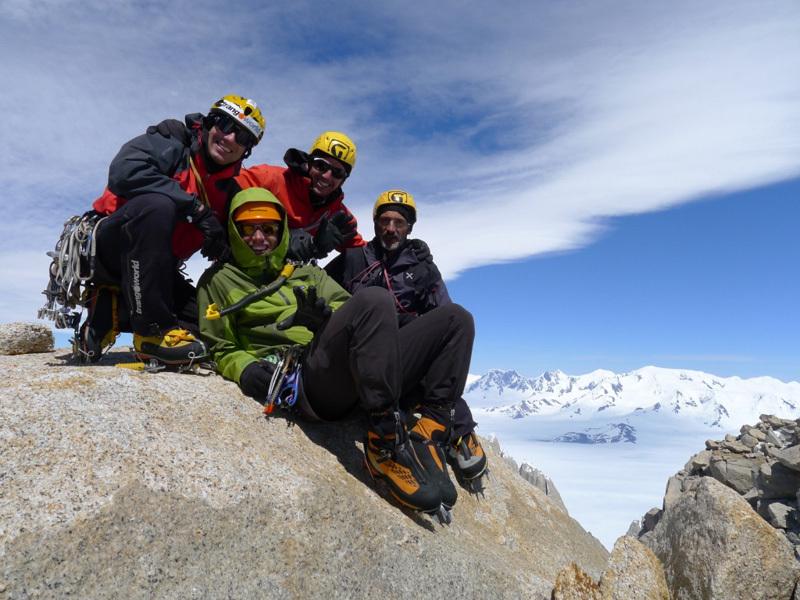 Cumbre! Damiano Barabino, Sergio De Leo, Marcello Sanguineti e Christian Türk in cima al Fitz Roy., Damiano-Barabino