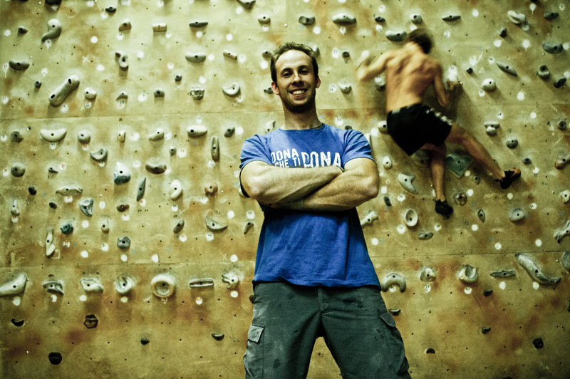 Climb For Life: the T-shirt and campaign to raise awareness among climbers about the need for bone marrow transplant. , Giovanni Spitale