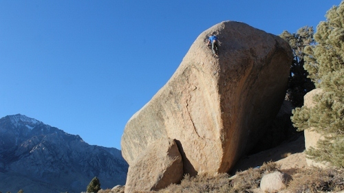 Katharina Saurwein su 'This side of paradise' V10, Buttermilks, Bishop, USA, Jorg Verhoeven