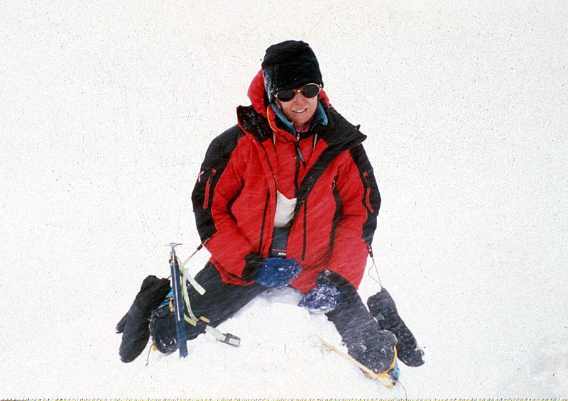 Nives Meroi sulla cima del Shisha Pangma, Romano Benet
