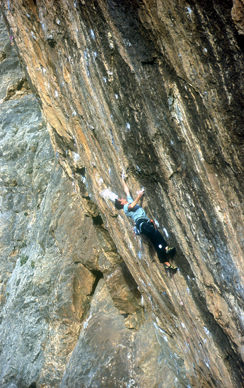 François Legrand su Necessary evil 5.14c, 8c+, Virgin River Gorge (USA), archivio François Legrand
