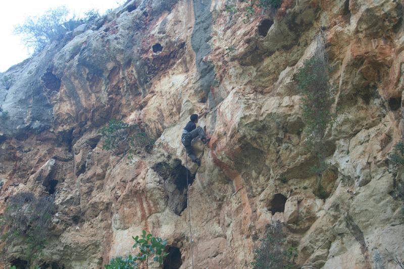 Dario Di Gabriele climbing Resting di dogana 7a+, archivio Puccia