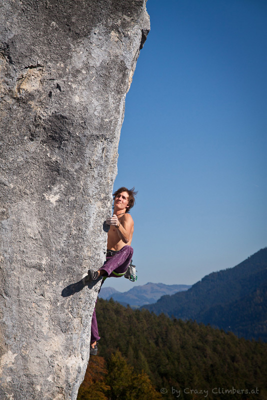 The German climber Roland Hemetzberger at Achleiten, Austria, Crazy-climbers.at