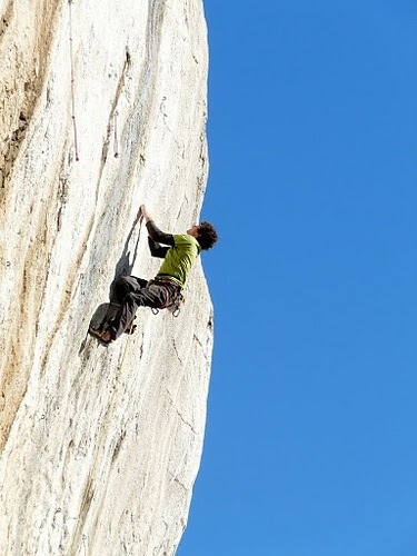 Jacopo Larcher climbing at Roquevaire, France, archivio Jacopo Larcher