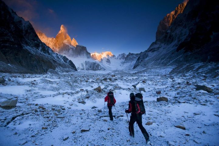 David Lama and Peter Ortner on their way towards the Compressor Route, Cerro Torre, during their attempt in February 2011., © Red Bull