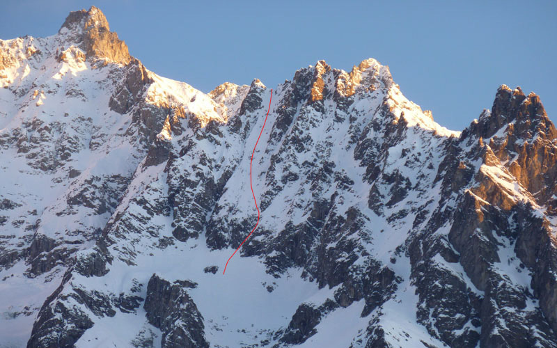 The line of Pente a Remy 5.2 E3, Mont Rochefort, Mont Blanc, first skied on 13/02/2012 by Davide Capozzi and Stefano Bigio., archivio Davide Capozzi