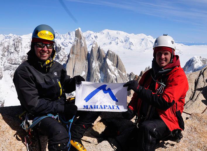 Via Russo (1600m (750m terreno nuovo) 6b (ABO) A4 M4) sulla parete SE del Aguja Poincenot in Patagonia, archivio Team Russo