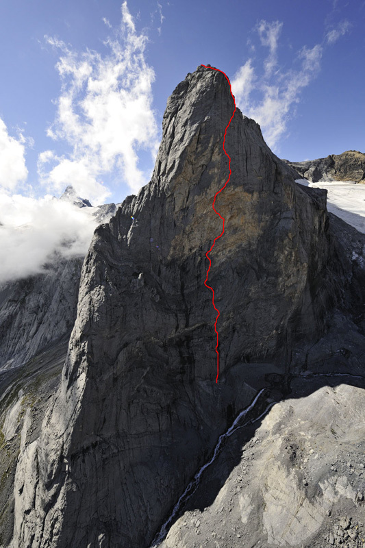 Out of space (8a+ A1, 600m) Chalchschijen, Robert Bösch