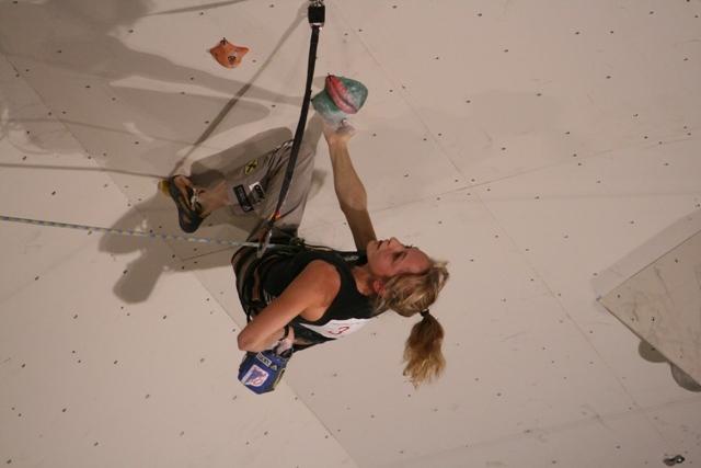 Angela Eiter, www.climbing-wc2007.com