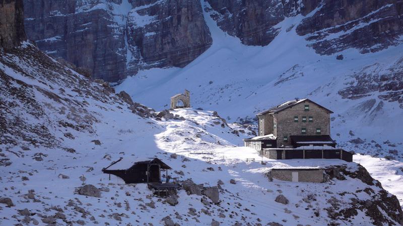 Rifugio Brentei, Dolomiti di Brenta, archivio Larcher, Giupponi e Leoni