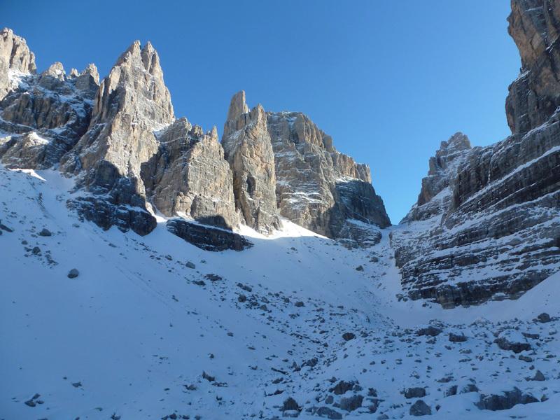 Campanile Basso, Dolomiti di Brenta, archivio Larcher, Giupponi e Leoni