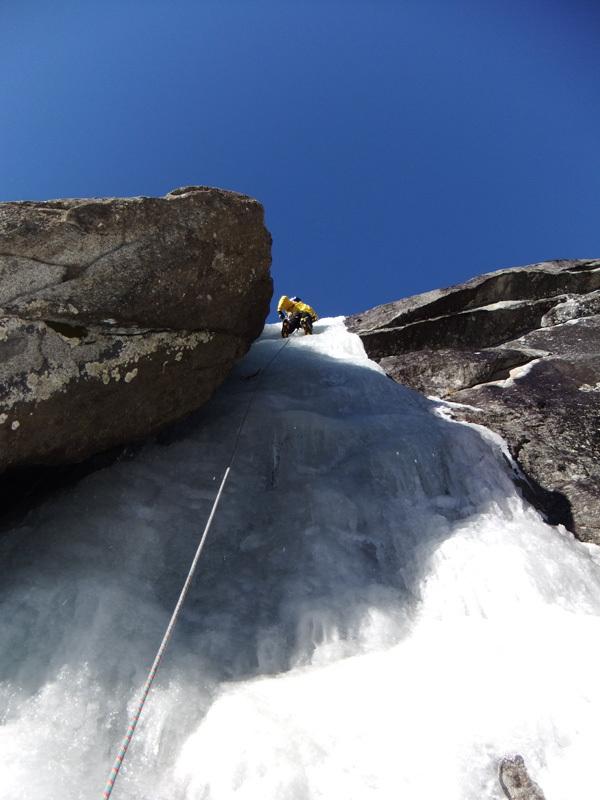 Il diedro di ghiaccio in Val di Danerba (Valle di Daone), Giorgio Tameni