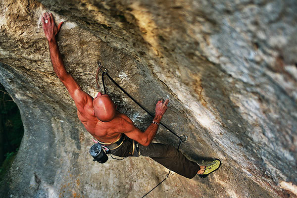 Markus Bock freeing Matador 9a  in October 2007 in the Frankenjura, Germany, Markus Bock collection