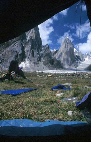 Women and chalk, Parete est Shipton Spire, Trango, Pakistan, Fabio Dandri