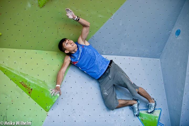 La terza tappa della at Coppa del Mondo Boulder 2012 a Vienna, Austria: Rustam Gelmanov, ÖWK- Heiko Wilhelm