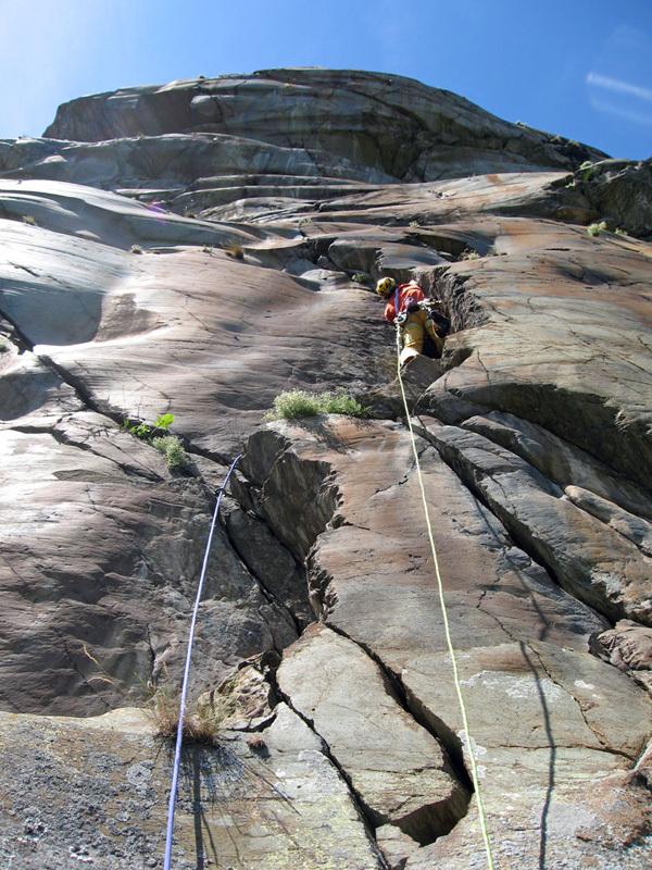 Wonder Crack, Pilier Rhodo a Montjovet, Valle d'Aosta, Marco Spataro