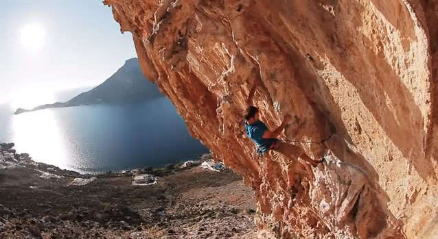Un momento del video On the road to Kalymnos, STORY.teller COLLECTIVE