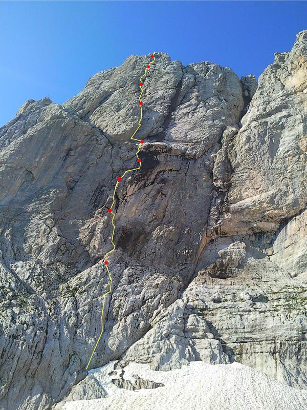 Genau, Dolomiti di Brenta (400m, VIII, Luca Cornella, Roberto Pedrotti, 2009 & 2011)., Luca Cornella