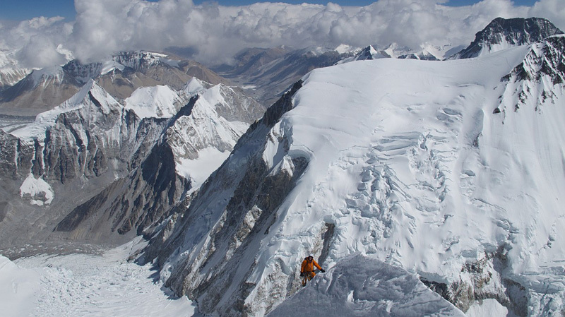 David Göttler at circa 7500m on Nuptse, Gerlinde Kaltenbrunner