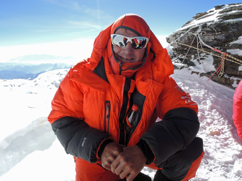 Ueli Steck on the Balcony of Everest on 18/05/2012, Ueli Steck