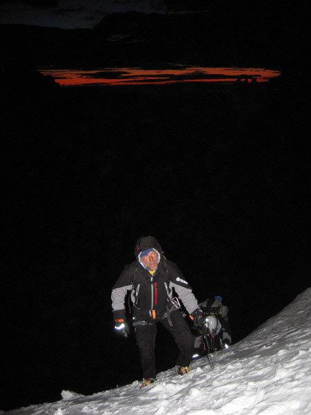 Ascending to Bloque Empontrado towrds Cerro Standhardt, arch. E. Salvaterra - A. Beltrami