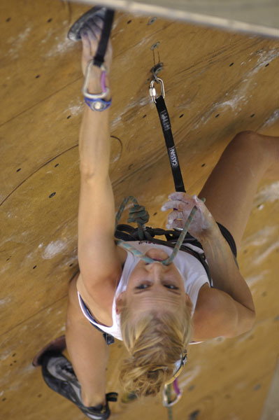 Emily Harrington competing at the 2006 Arco Rock Master., Giulio Malfer