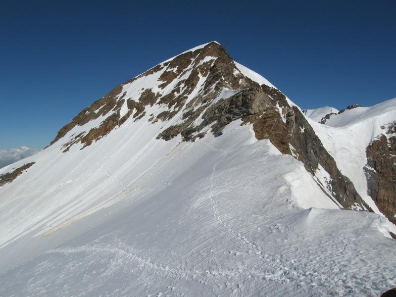 Cresta del Soldato alla P.ta Giordani e Piramide Vincent: dalla vetta della Giordani la cresta che prosegue verso la Piramide Vincent, Marco Zaninetti