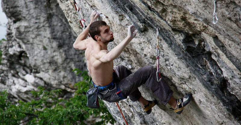 Silvio Reffo freeing L'attimo 9a at the crag Covolo in Northern Italy., Giovanna De Vicari