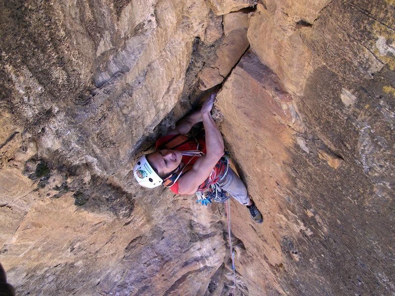 In apertura su Costa Brava (800m, max 8a), Samayata, Etiopia, archivio Edu Marin