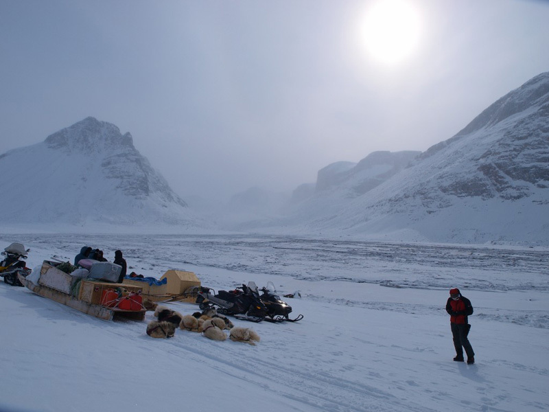 Marek Raganowicz & Marcin Tomaszewski establishing Superbalance (VII, A4, M7+) up Polar Sun Spire, Baffin Island.