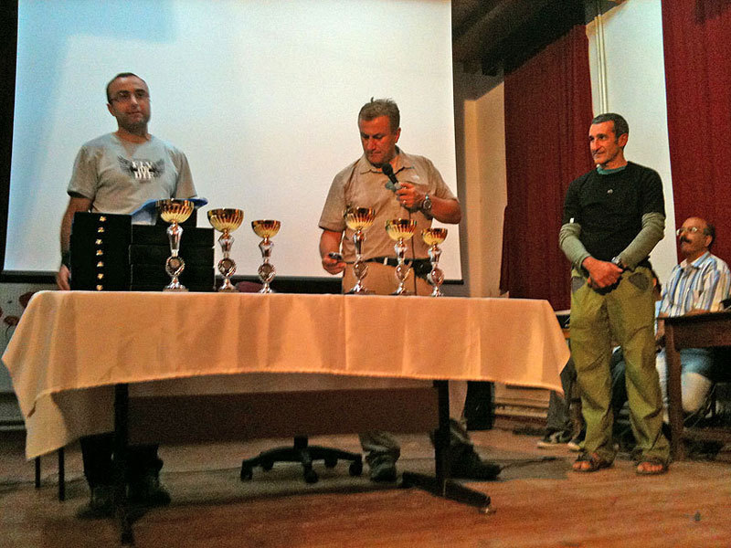 Dogan Palut and Ferudun Çelikmen, technical organisers of the event, with Maurizio Oviglia, archivio M. Oviglia