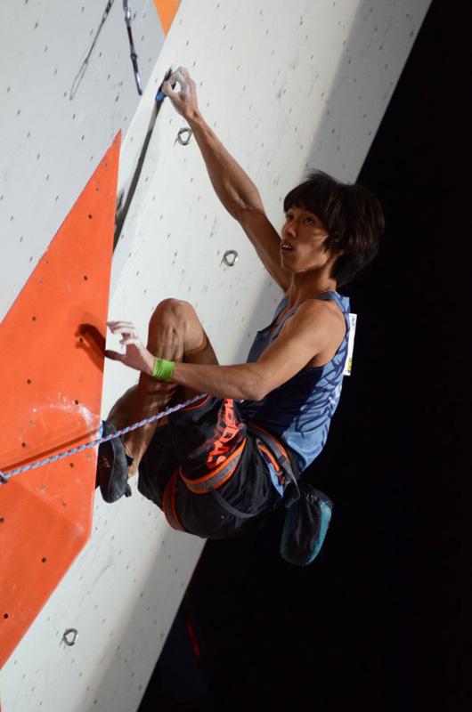 La prima tappa della Coppa del Mondo Lead 2012 di Chamonix: Sachi Amma, Lucio de Biase