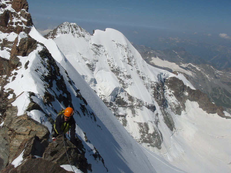 Climbing along the Scerscen - Bernina traverse, Michele Comi