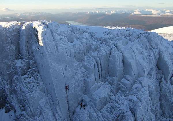 Andy Turner sul secondo tiro di 'The Secret', X10 Ben Nevis. Steve fanno sicura, Sam Loveday