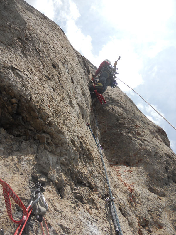 Giorgio Travaglia forging the final aid pitch of Pilastro Parmenide, Stefano Valsecchi