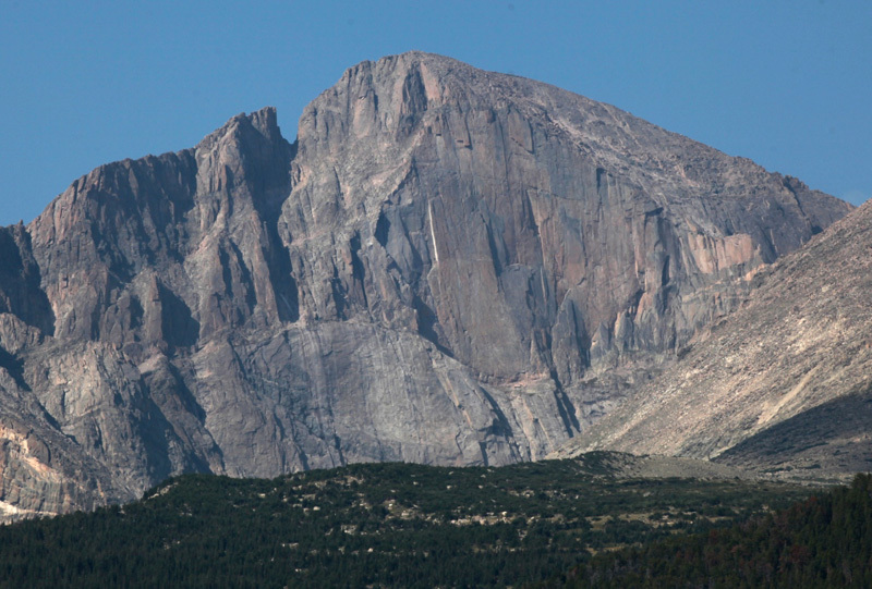 Longs Peak, parete E - Sopra la cengia troneggia ''The Diamond