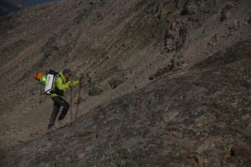Salendo verso la parete E del Longs Peak, Calloni / Dell'Agnola / Sanguineti