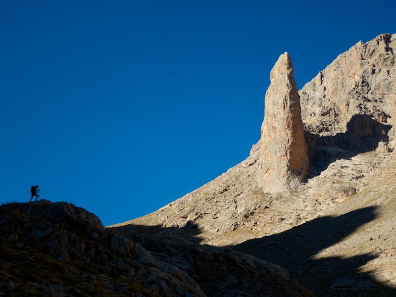 Arnaud Petit & Stephanie Bodet: the Parmakkaya obelisk, Emli valley., Arnaud Petit