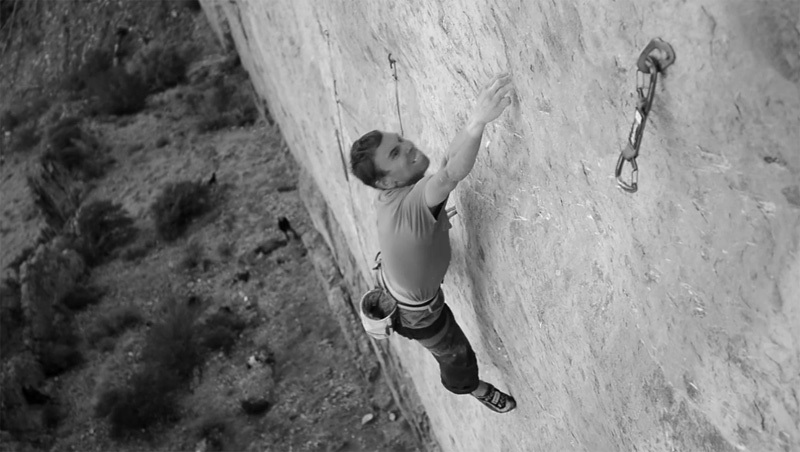 Jonathan Siegrist on his Algorithm 9a at the Fins, Idaho, USA.
