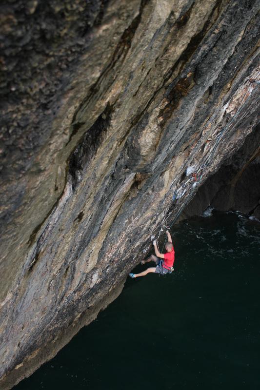 Provando la via con la corda dall'alto., Martin Allen