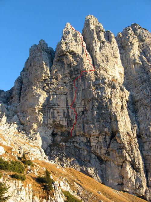 Via 'Gigi dal Pozzo e Maurizio Fontana '(280m, IX-) sul secondo pilastro della parete Sud Ovest della Cima di Valscura (Dolomiti Feltrine), arch. A. Roverato