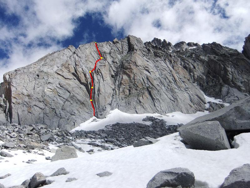 Tracciato di Speed Climbing (250m, VII e A1 - VIII in libera) parete Ovest della Prima Gobba del Monte Folletto, Carè Alto, Adamello), archivio Tameni, Rigosa