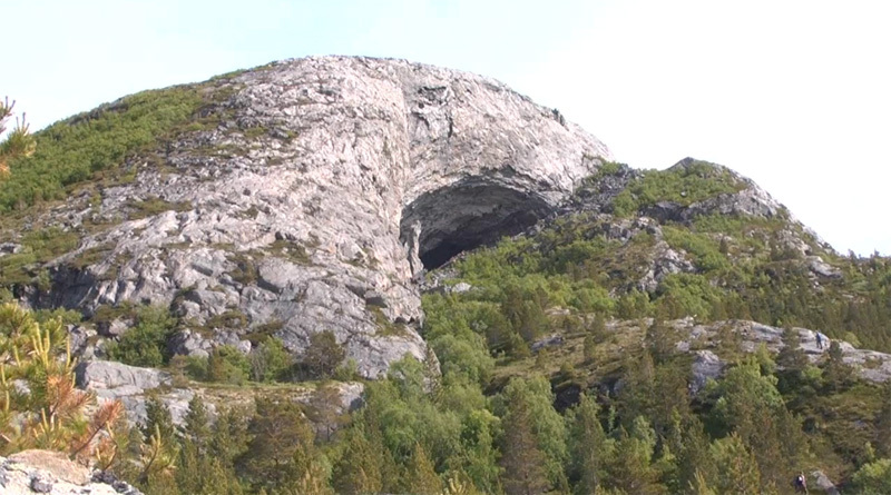 The Flatanger cave in Norway., Ove Magne Ribsskog