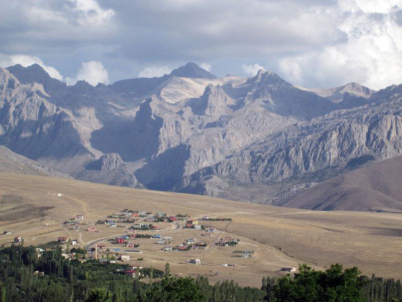 Il villaggio di Marti, archivio R. Larcher, L. Giupponi, N. Sartori