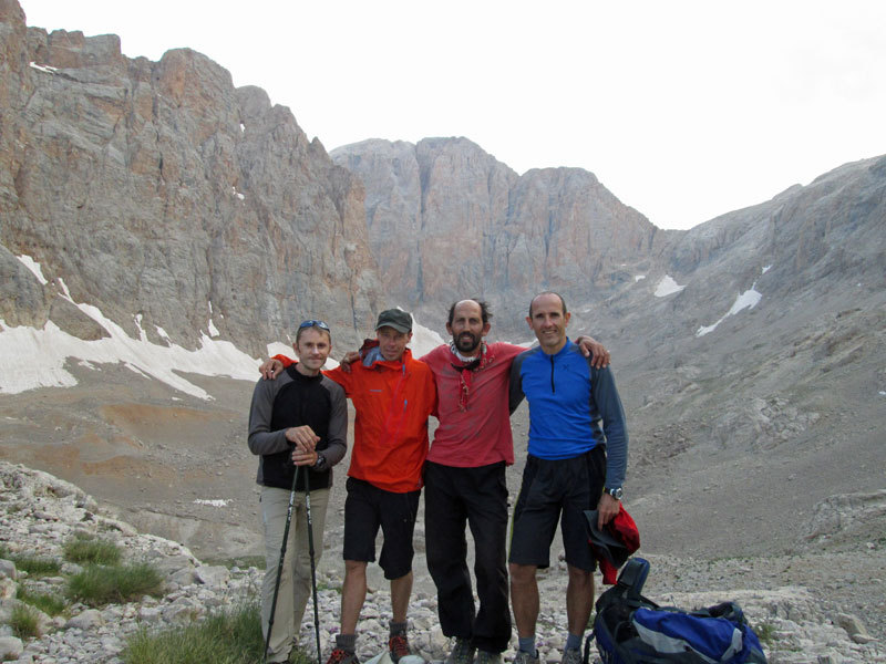 At Cima Vay Vay base camp. From left to right: Nicola Sartori, Luca Giupponi, Recep Ince, Rolando Larcher., archivio R. Larcher, L. Giupponi, N. Sartori